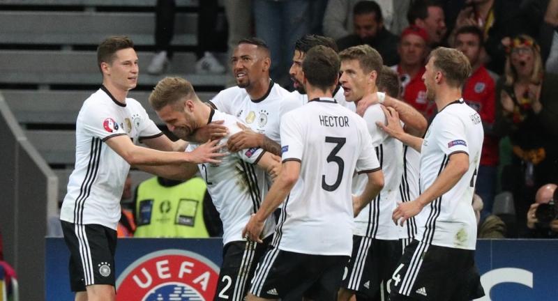 Наматче Германии сАвстралией предполагается  170 немецких фанатов