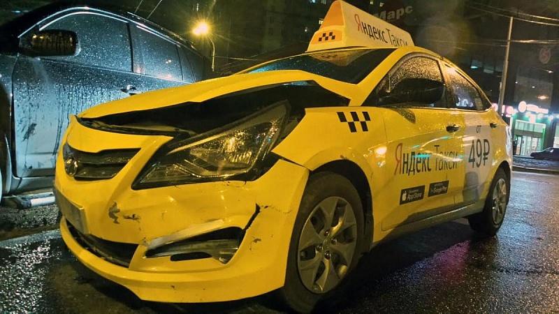 В Государственную думу внесли законодательный проект обусилении ответственности агрегаторов такси
