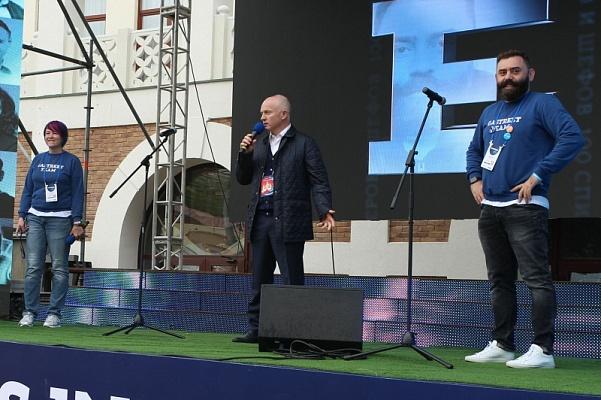 Пахомов открыл Гастрономический фестиваль вСочи