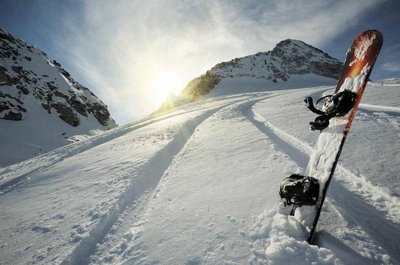 Вгорах Сочи умер сноубордист