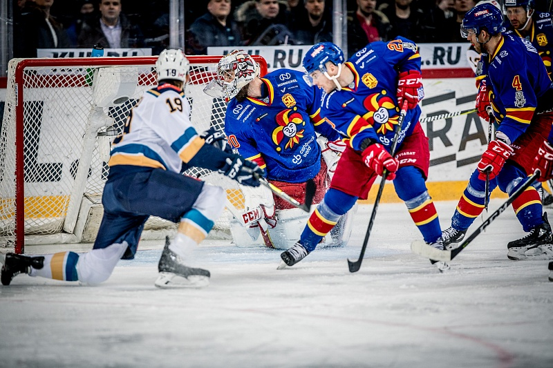«Йокерит» разгромил «Сочи» вовтором матче серии 1/8 финала плей-офф КХЛ
