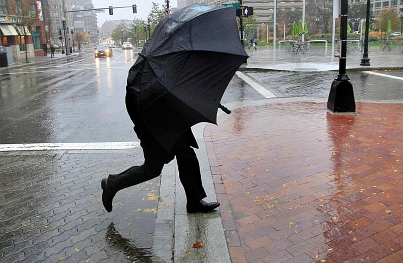 МЧС объявило предупреждение наКубани из-за налипания мокрого снега