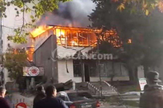 Причины пожара вобщежитии вСочи тщательно расследуют, пострадавшим окажут помощь— губернатор