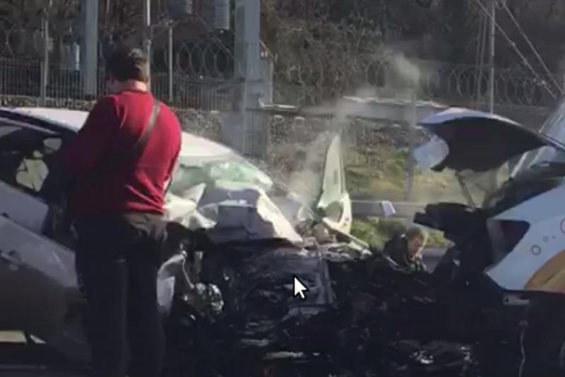 Один человек умер ичетверо ранены вжестком ДТП вСочи